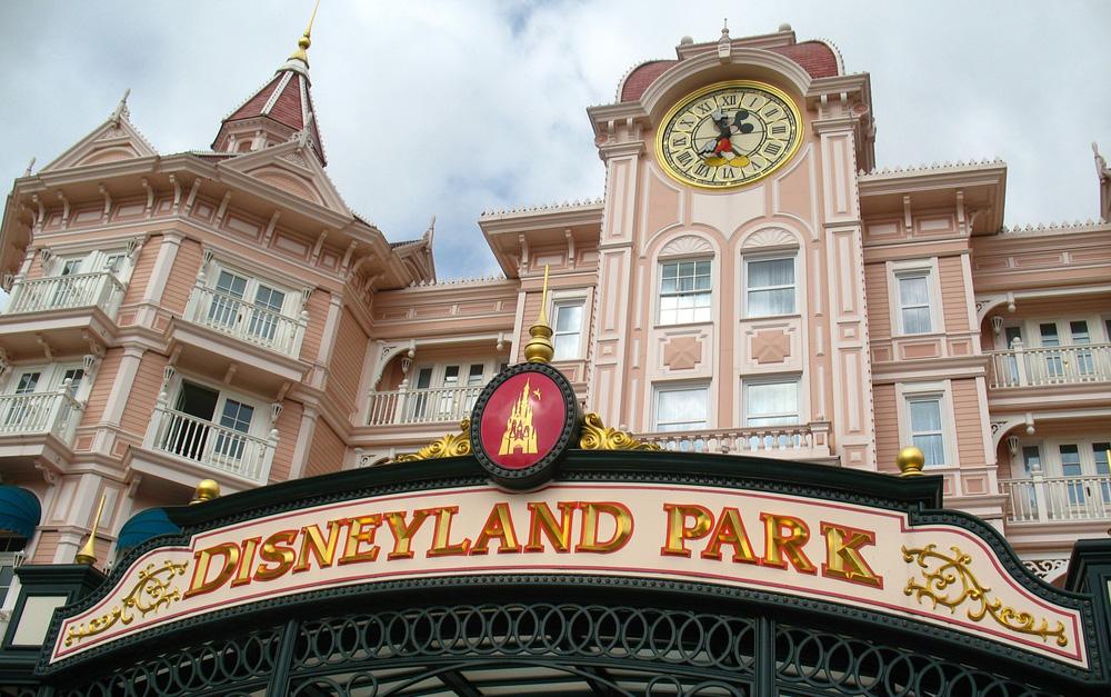 Disney wins renewed tax exemption in Anaheim