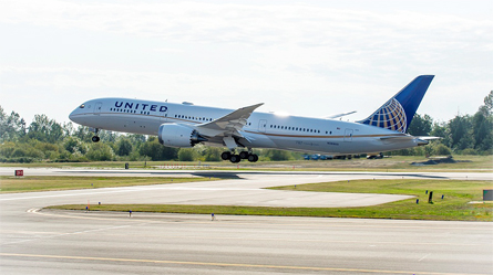United Takes Delivery Of First 787-9 Aircraft In North America