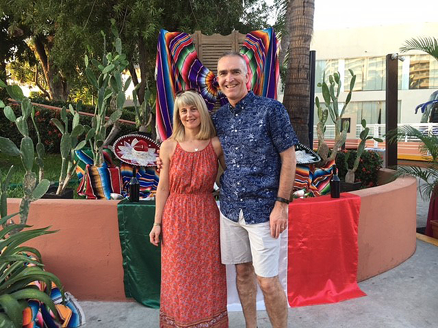 Graeme Franklin and wife Dionne during a trip to Ixtapa, Mexico (photo courtesy of Graeme Franklin)