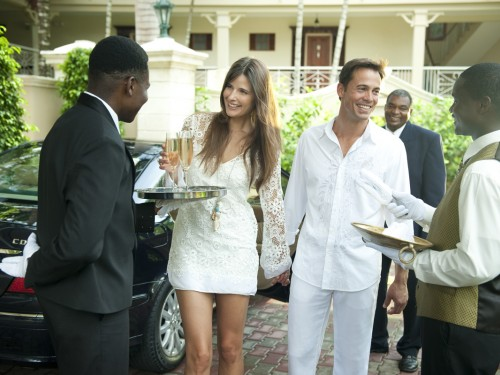 Sandals expands airport transfer program in Jamaica