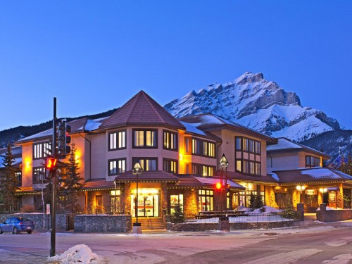 Elk + Avenue Hotel reopens in Banff