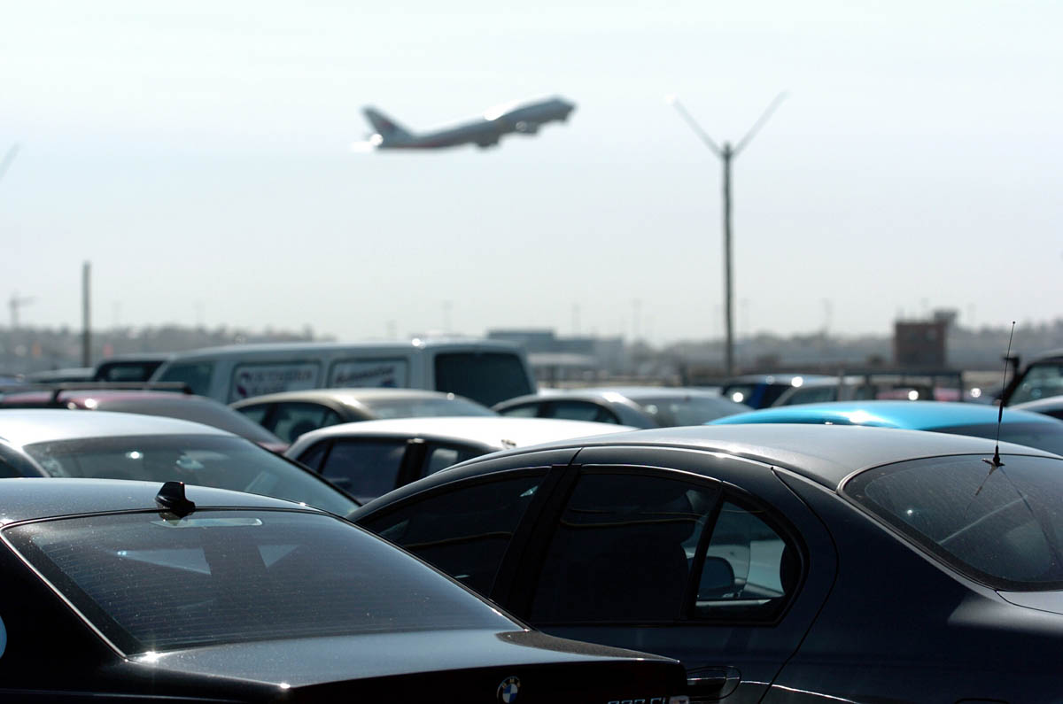 Park'N Fly acquires Winnipeg Airport parking provider AirPark
