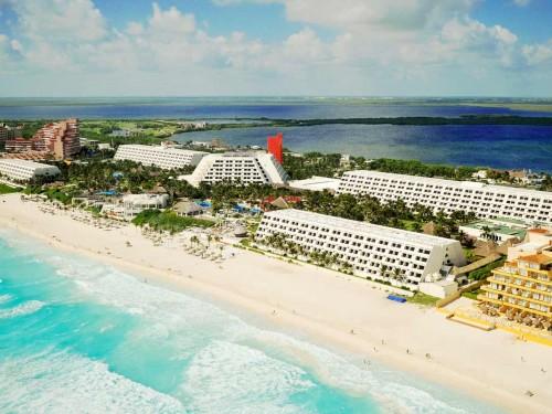 Oasis Hotels & Resorts enhances agent platform, offers free stays
