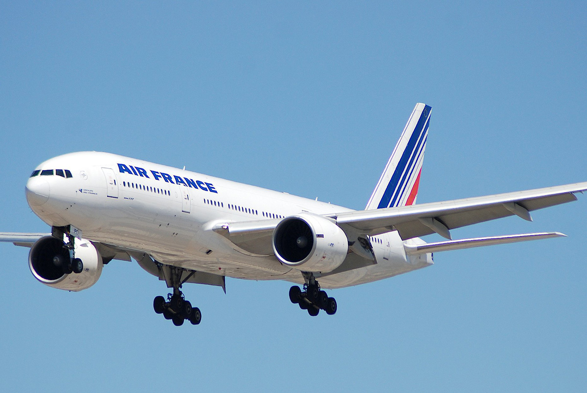 Air France to increase weekly YVR flights this summer