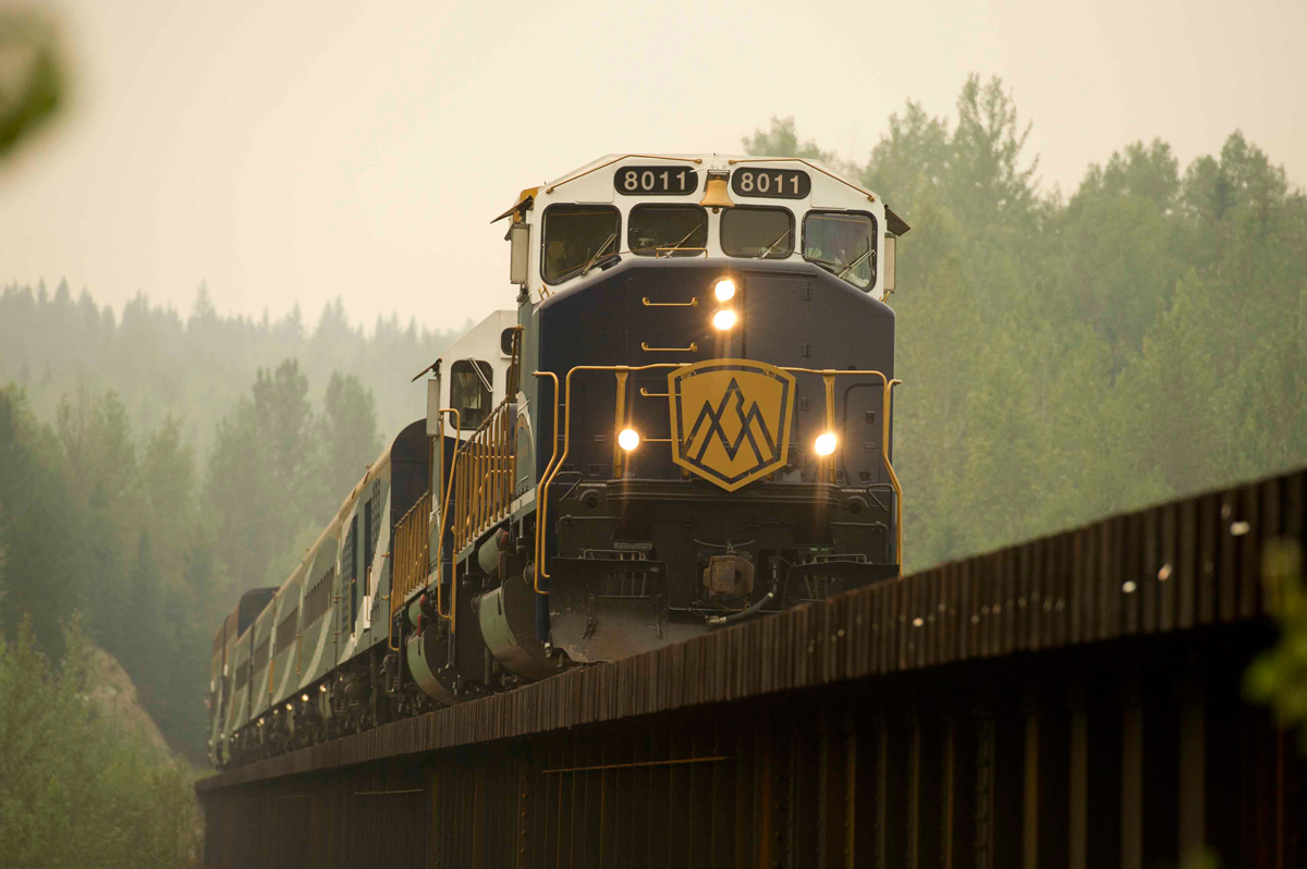 Rocky Mountaineer celebrates Canada's 150th with free hotel night