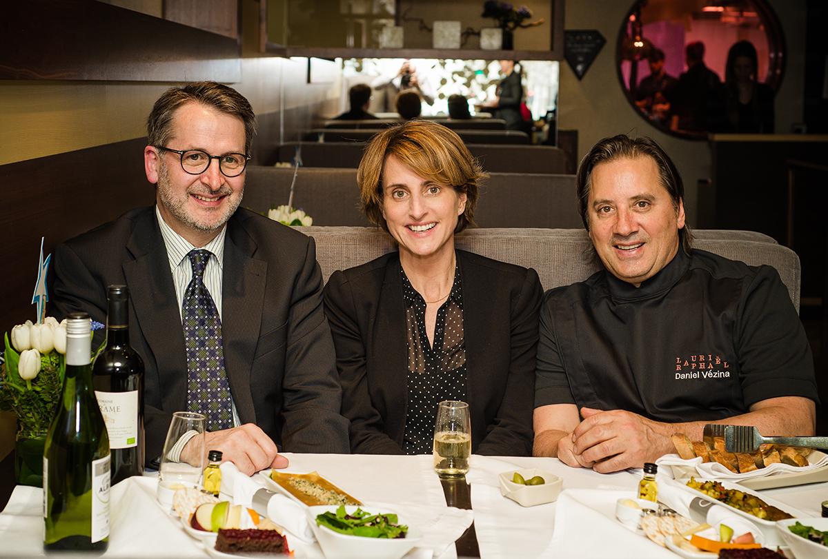 Air Transat unveils new Chef's Menu by Daniel Vézina