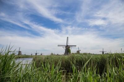 The Windmills of Kinderdyk, Holland