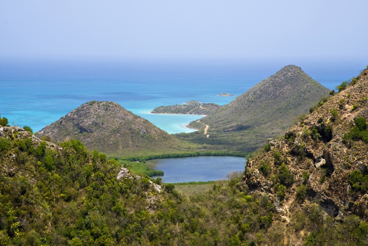 Agents: learn about selling Antigua & Barbuda