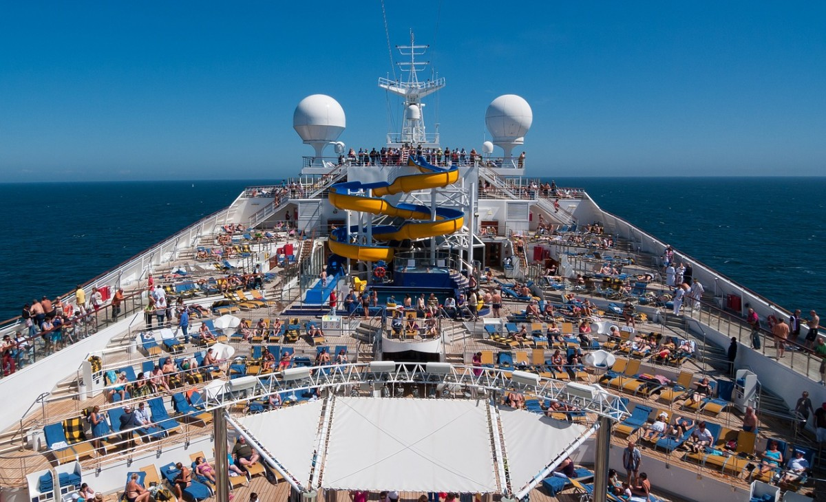 CLIA: agents report cruise bookings are up