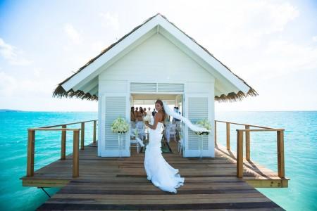 Sandals showcases weddings in new agent webinars