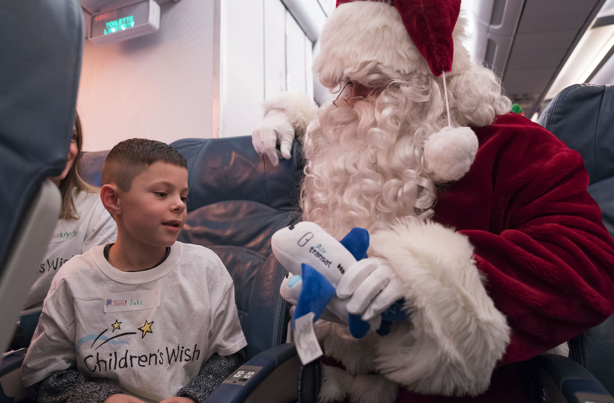 Air Transat gives kids a holiday surprise