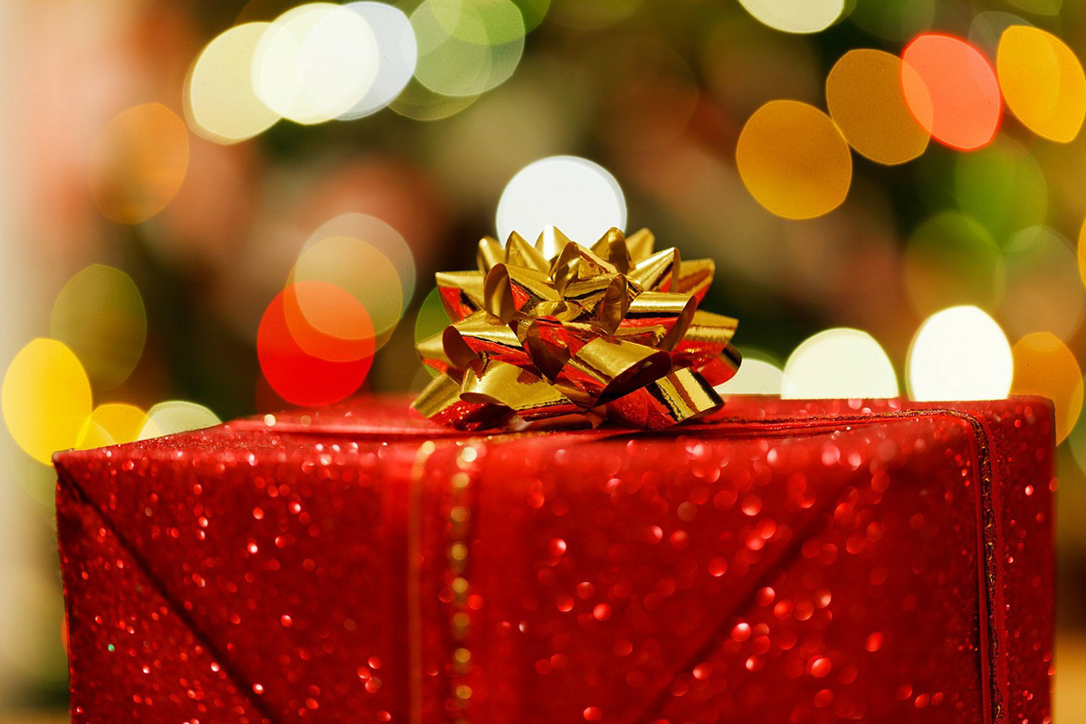 Intair rings in the holidays with 12 Days of Giveaways