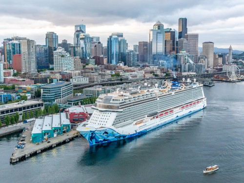 Seattle gets a taste of Bliss at NCL christening