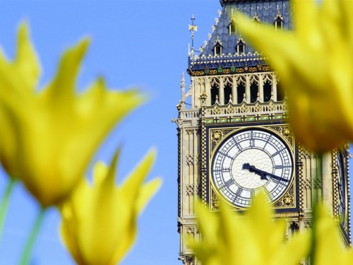 Transat connecting Canadians to London, England with direct flights from Vancouver