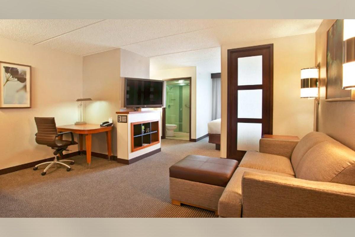 Hyatt House Across From Orlando Universal Resort now taking reservations