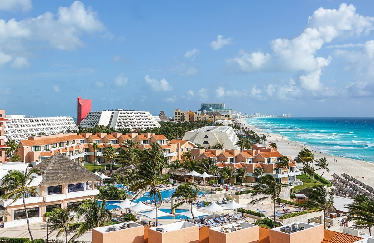 Here's why tourism to Mexico is at an all-time high