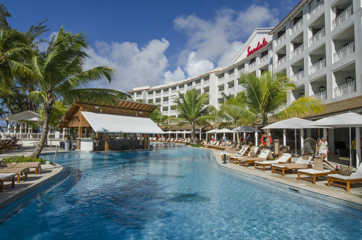 ACV & Sandals team up for new group offer