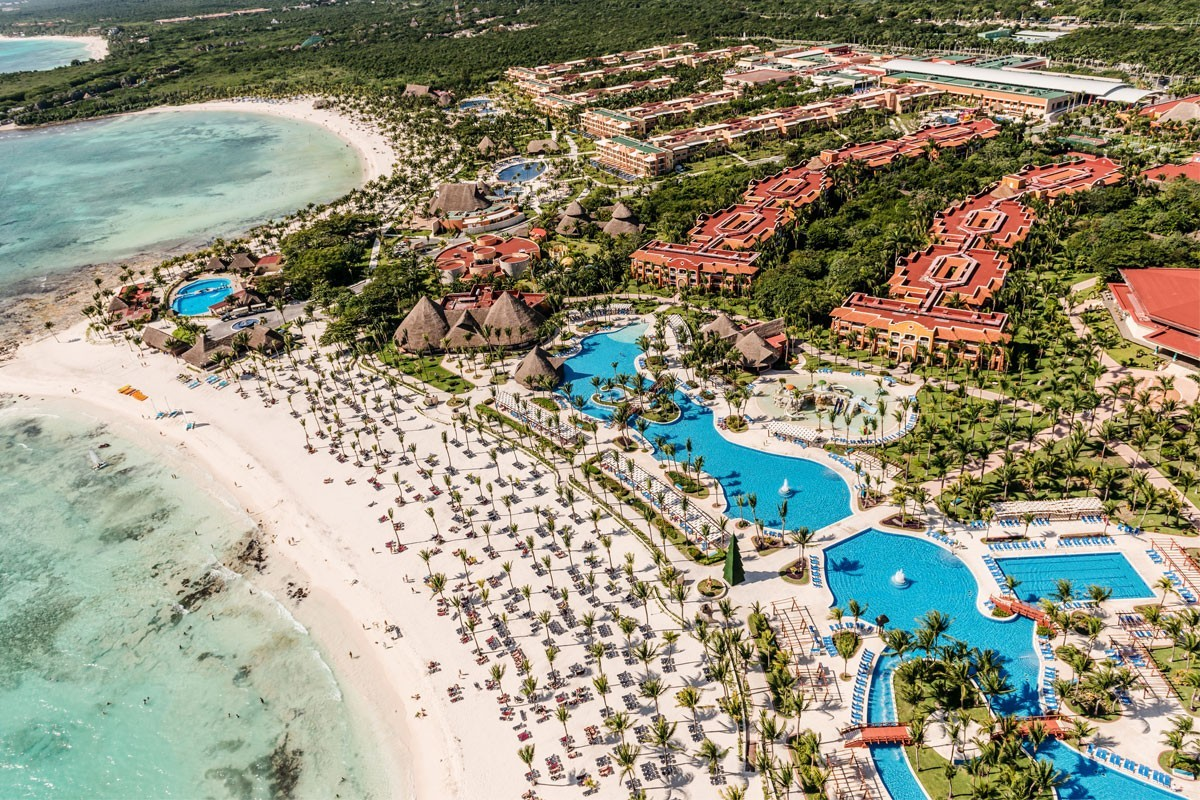 A close-up look at Barceló's Cancun properties