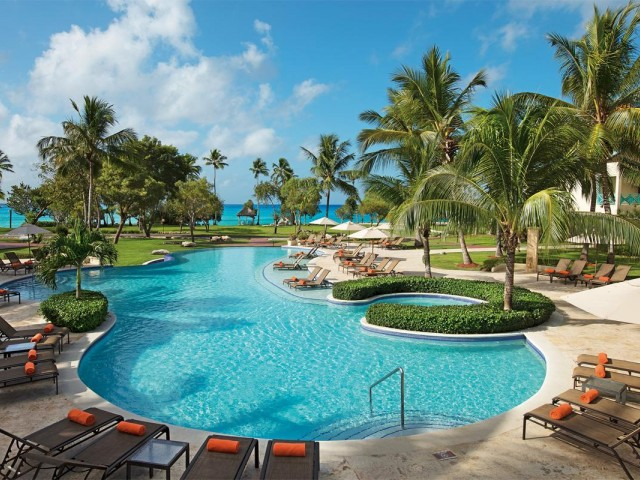 Playa and Hilton partner; transform two hotels into all-inclusives