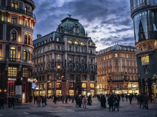Air Canada serving Vienna, Austria from YYZ by spring 2019