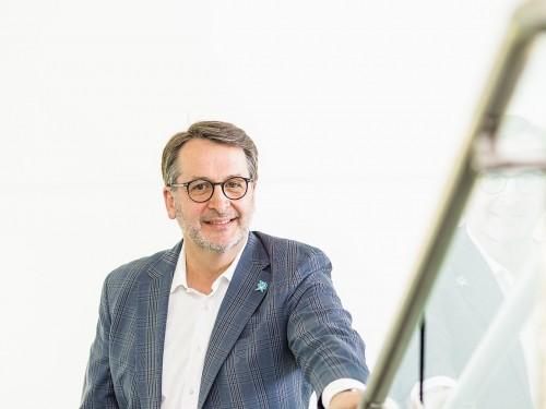 Air Transat's president  Jean-François Lemay steps down