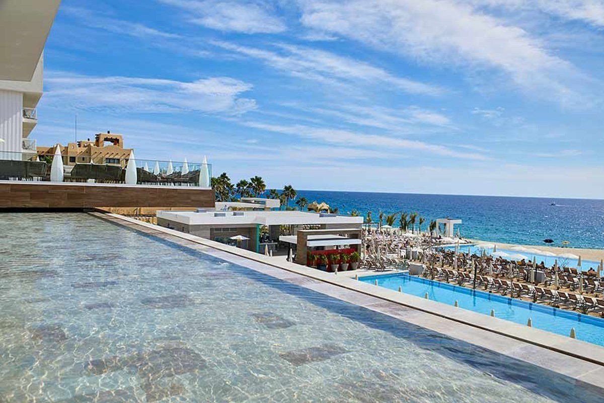 RIU's newest adults-only hotel just opened in Los Cabos