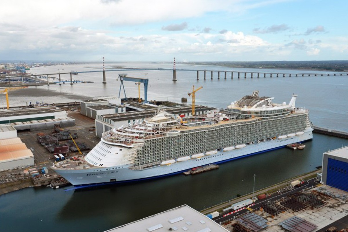 Royal Caribbean orders its sixth Oasis-class ship