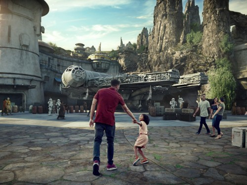 VIDEO: Star Wars: Galaxy's Edge will open ahead of schedule