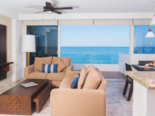 Transat adds Costa Sur Resort & Spa to its Mexico portfolio