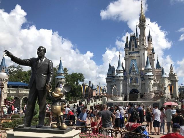 Experiencing Disney, stress-free: Canada's top Disney mom reveals all