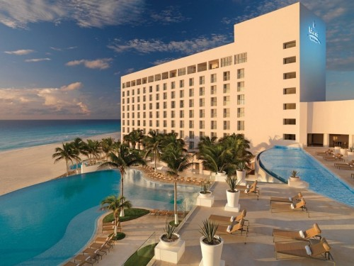 PHOTOS: A closer look at Cancun's reopened Le Blanc Spa Resort