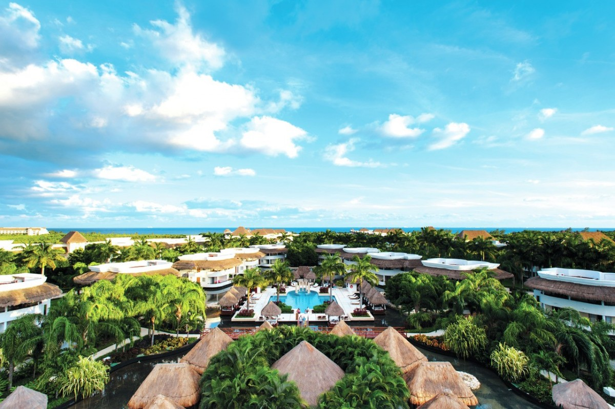 Sunwing & Princess Hotels partner on April points incentive
