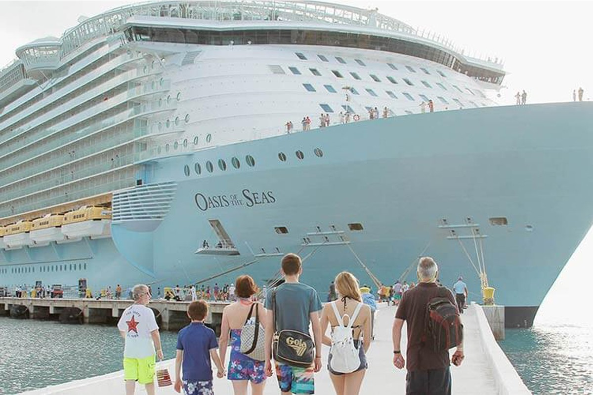 Royal Caribbean cancels 3 sailings after crane accident damages ship