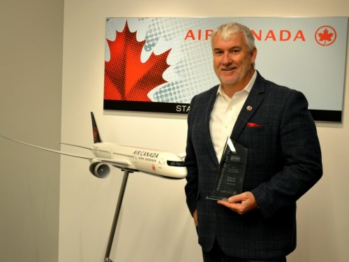 Duncan Bureau leaves Air Canada Rouge