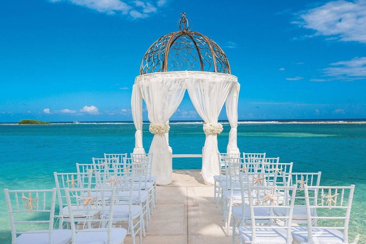 Sandals expands signature wedding collection with 3 over-water gazebos