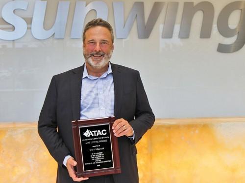Sunwing president Mark Williams takes home  ATAC Lifetime Honoree Award
