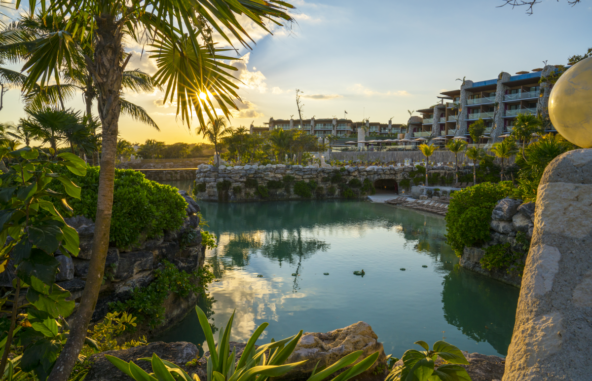 VIDEOTORIAL: Hotel Xcaret Mexico, nestled along the Caribbean Sea