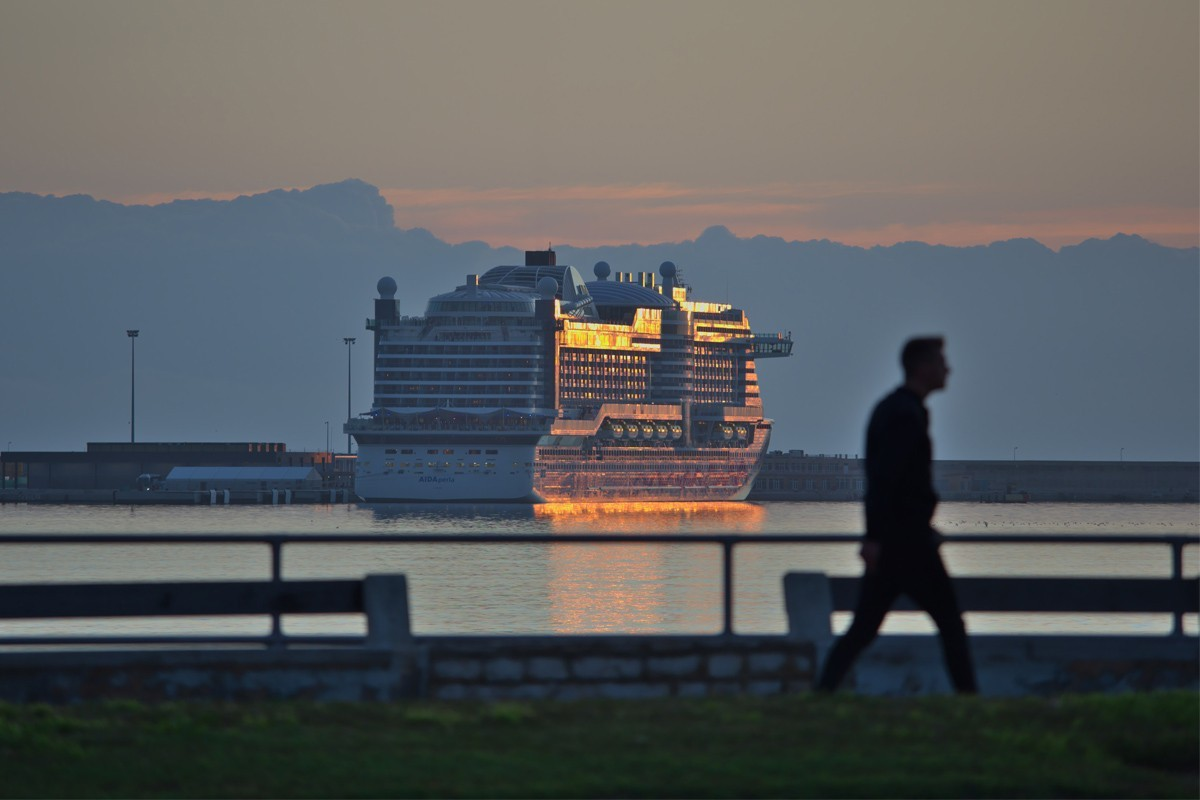 Cruise lines tighten boarding requirements as coronavirus cases climb