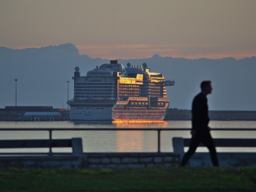 Cruise lines tighten boarding requirements as coronavirus cases climb