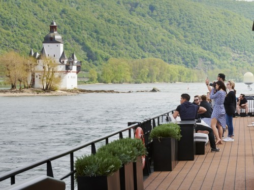 U River Cruises' to go Rolling on the Rhine