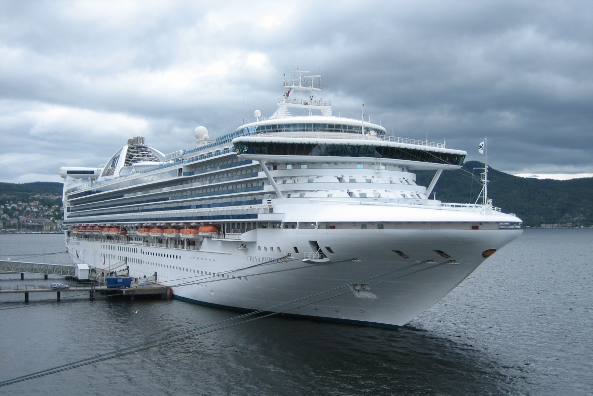 COVID-19: Grand Princess quarantined in San Francisco