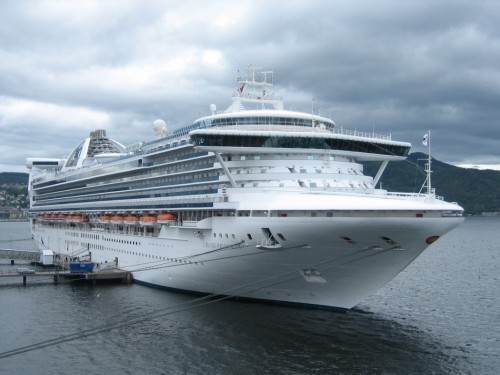 Grand Princess to dock; Princess updates cancellation policy
