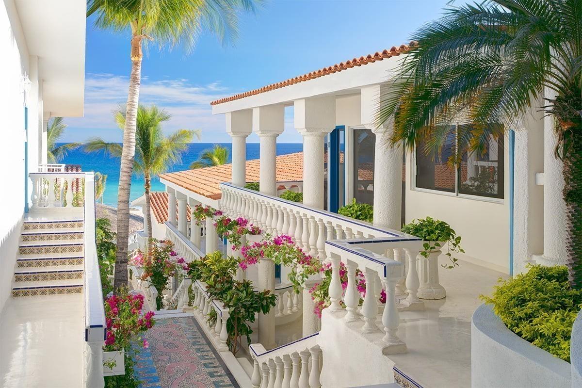 Velas Resorts unveils Stay Safe With Velas program